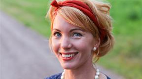 Erika Åberg, pressporträtt 2016. Foto Björn Åberg